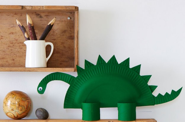 easy paper plate dinosaur & paper-plate-dinosaur | The Mommy Blog
